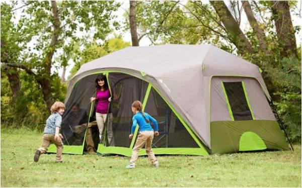 Gran casa de campaña para grupos y para acampar en familia.